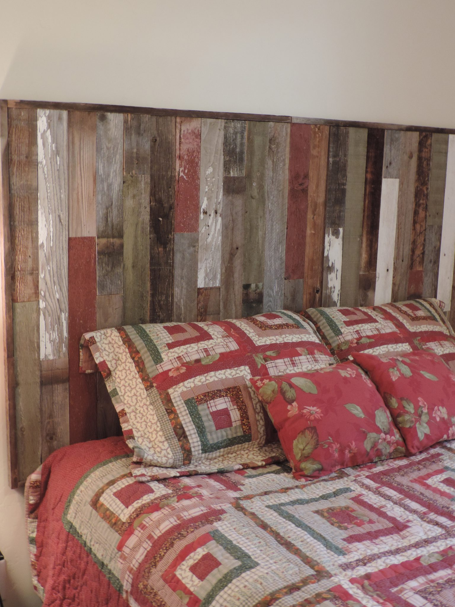 Rustic Reclaimed Wood Headboard ⋆ Allbarnwood