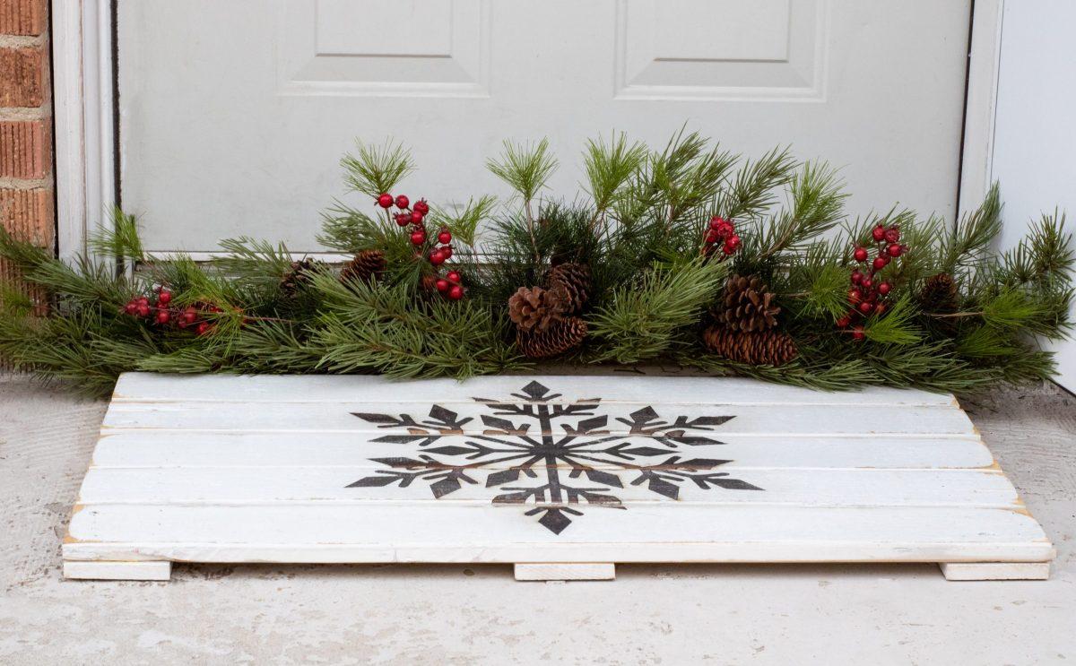 Snowflake Wooden Doormat